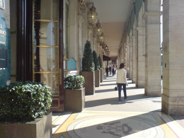 Angelina: passage rue de Rivoli